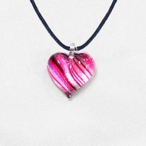 日本製ハンドメイドグラスジュエリー|ノースワングラスジュエリー/Pink Line ピンクラインハートネックレス 写真