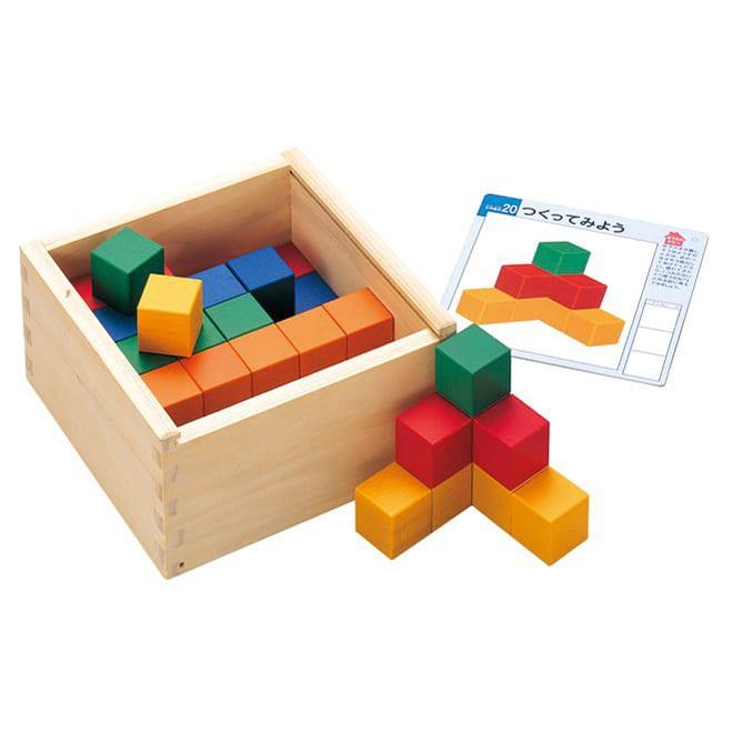 くもん/図形キューブつみき|知育玩具 図形の感覚と形の構成力を育てる、カラフルなつみきです。
