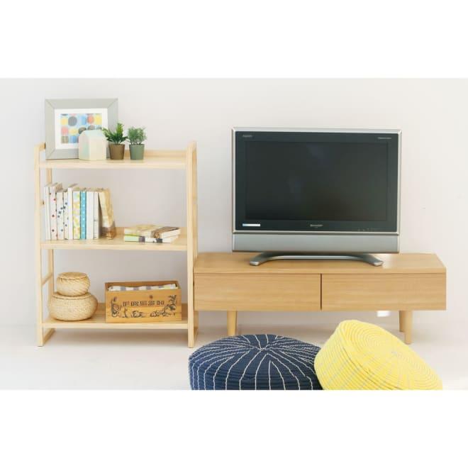 パイン天然木シンプル3段ラック (イ)ナチュラル使用例 TVボードは販売していません。