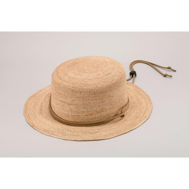 田中帽子店/ラフィア サファリハット ブーニー  顎紐が調節できるので風で飛ばされる心配もありません
