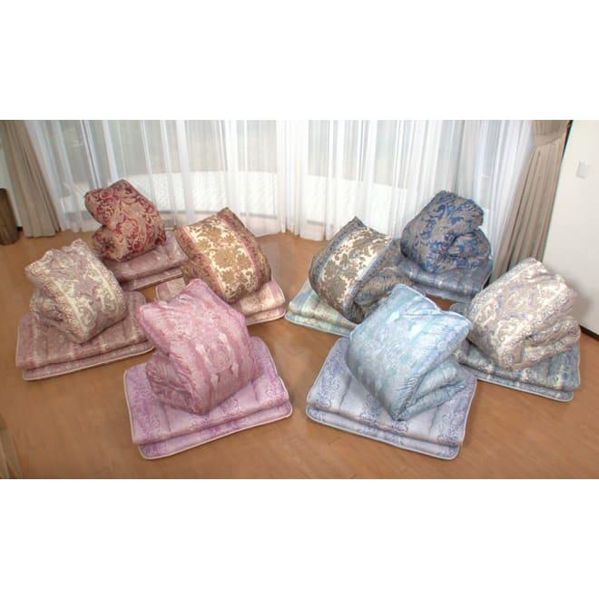 柄任せ お得な掛け・敷きセット(シングル) 4つ星ランク羽毛掛け布団+敷布団のお得なセットもご用意。掛け敷きともに柄はお任せとなります。