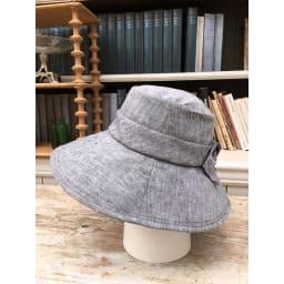 ベル・モード フレンチリネンUVケア帽子 (ア)ブラック…ブラックも真っ黒ではないので、柔らかな印象に!