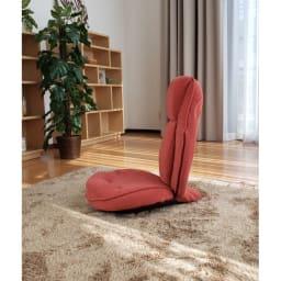 スリム座椅子 ピラトレ 骨盤を立たせ、背骨周辺の筋肉にもピッタリフィットする背もたれ形状 ラクに美姿勢へ導きます。前方を盛り上げ骨盤の前滑りもしにくい座面 厚みもちょうどいい