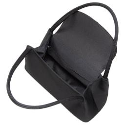 岩佐 コード刺しゅうフォーマルソフトバッグ 長財布やポーチ、ふくさ、念珠、スマホなどの必需品に加え、折りたたみ傘や500mペットボトルまで入ります。