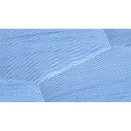 ひんやり除湿寝具 デオアイス 敷きパッドNEO(セミダブル) 極細の繊維を高密度に編み込んでいるので引っかかりが無く、肌触りがサラっとしています