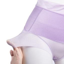 骨盤らくしめビューティショーツ ダブルサポート ○縫製のない足口で、締めも、段差も、ズレも解消。○クロッチは綿混素材。1枚ばきOK。