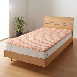 ヒートループDX 「お得な掛け敷きセット」(セミダブル) 敷布団はもちろんベッドにも使える「ぬくぬく敷きパッド」。シーツのヒヤッと感が苦手な方に断然おすすめ!四隅ゴムバンド付き。