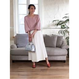 ARCOPEDICO/アルコペディコ ニットパンプス(マイル) ちょっとフェミニンな装いでママ友とお食事に!白いスカートに合わせて、大人可愛い印象に。