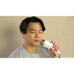 ダブルエピ ルミナスボーテ ○口元に ※顔に使えるのは頬より下のみ。必ず目を閉じて使ってください。