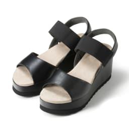 美人ぐせサンダル スタイルアッププラス (ア)ブラック…定番ブラックは何にでも合わせやすいカラー。カチッとしたスタイルにもマッチします。