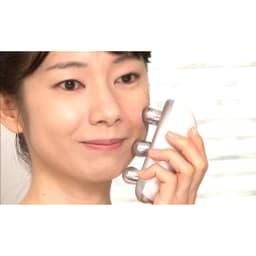 ミーゼ ウェーブスパ ○お顔のケアにも使えます。水やジェルなどをつけてご使用ください。