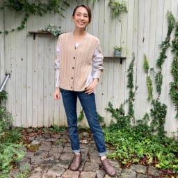 フィグリーノ レザーブーツ (ウ)ブラウン…冬の定番色ブラウンは、デニムにもぴったり。ゴムは同色で、牛革らしいきちんと感がありカジュアルすぎず使えます。
