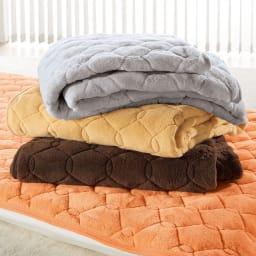 ヒートループDX 「ぬくぬく敷きパッド」(クイーン) ディノス冬の寝具9年連続販売数No.1※!中わたの発熱力がパワーアップ!ますます抜け出せない暖かさを生み出します。セットで使えばさらにポッカポカ!電気毛布などに頼りたくない方は特におすすめです。※2012~2020年度10月~3月冬物寝具におけるシリーズ累計販売数