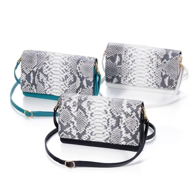 パイソンウォレットバッグ 貴重なダイヤモンドパイソンを使用したウォレットバッグ。トレンドを掛け合わせた注目アイテム!