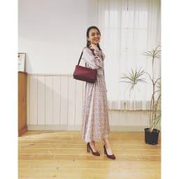 千秋プロデュース 12ポケットバッグ セミショルダーにして肩にかける。