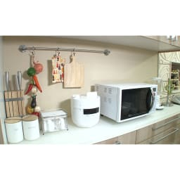 siroca/シロカ ハイブリッド電気圧力鍋(2L) 場所を取らないコンパクトサイズ。キッチンにスッキリおしゃれに置けます。