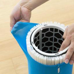 ブルーエア 空気清浄機 外側のプレフィルターは伸縮性の高い素材でフィルターにかぶせるだけの簡単セットが可能。水洗いも可能です。