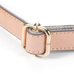 renoma/レノマ ジャカードトートバッグ ストラップは長さ調節がスライド式になって 自分の丁度よい位置に合わせられます。
