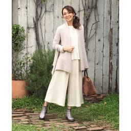ゴムゴムショートブーツ (ア)ミックス…さまざまな色を編み込んだミックスは人気のカラー。カラフルな色合いがおしゃれで、服の色を選ばず、さまざまなコーディネートが楽しめます。
