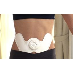 ダブルヒートEMS ぽっこりお腹をへこませる「腹直筋」とクビレを作る「腹斜筋」にフィットした形状。