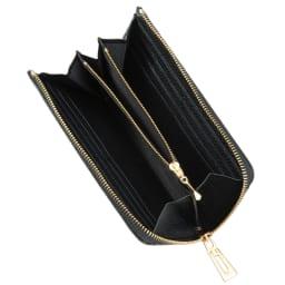 パイソン 長財布 ○小銭入れの両サイドに2つの札入れを確保。○札入れそれぞれにカードポケット6ずつ、計12枚が収納できます。