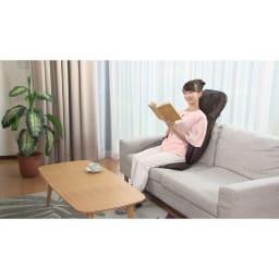 3Dメディカルシート ペルソナ ソファで読書をしながら