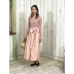 ARCOPEDICO/アルコペディコ バレエシューズ ブランチ ブラウン…ピンク系のフェミニンなファッションに合わせてコーディネート。大人可愛い印象に見せます。落ち着いた色合いなので、パンツにもスカートにも合わせやすい。