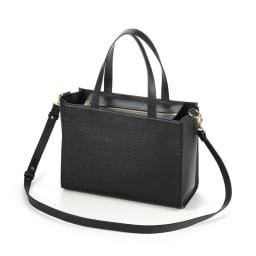 千秋プロデュース 15ポケット トートバッグ 軽く、柔らかく、しなやかな上質イタリアンレザーを使用! ○表面にはシュリンク型押し加工を施しキズがつきにくい。高級感ある質感、発色の美しさはイタリアンレザーならでは。 (ア)ブラック