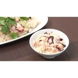 低糖質炊飯器【ディノス限定レシピ付】 【タコ飯】タコには生活習慣予防や疲労回復に効果のあるタウリンが含まれてます。タコとピリっと生姜の効いた炊き込みご飯です。