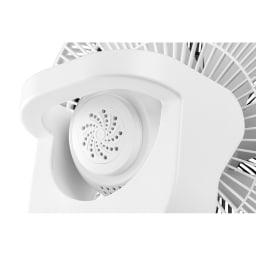 duux/デュクス 扇風機 Whisper Flex Touch(バッテリー対応モデル) アロマケースは本体モーター背面に取り付け可能。アロマの香りを愉しみながらご使用いただけます。