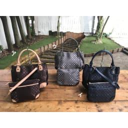 renoma/レノマ ジャカードトートバッグ フランスの老舗ブランド「renoma」の人気「モノグラム」シリーズ。従来の牛革ショルダーストラップに加え、ミニストラップをセット!このバッグ一つで4通り以上に使えます。
