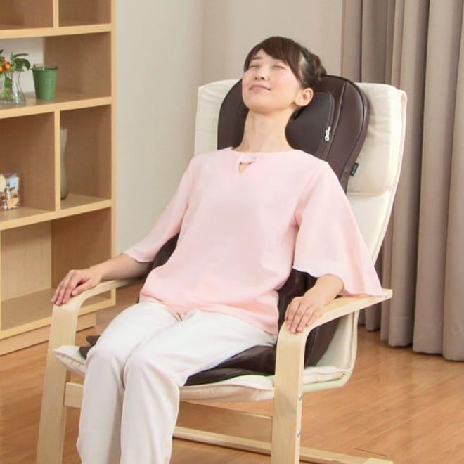 3Dメディカルシート ペルソナ シート型マッサージ機なのにとってもパワフル!まるで人の手でもんでくれているような本格的なもみ心地が味わえます。