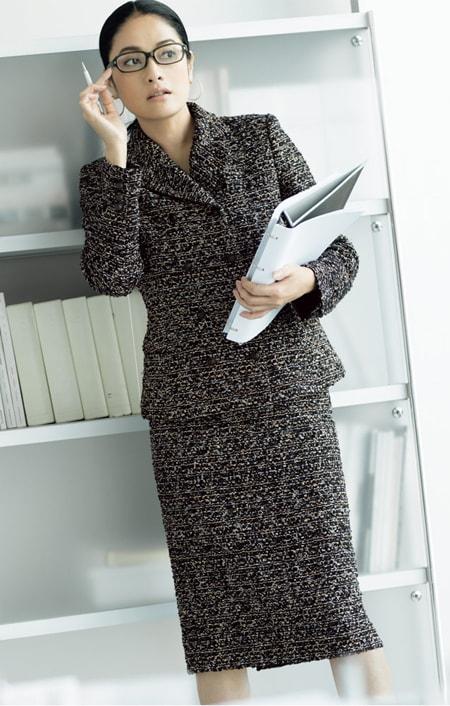 マリア・ケント社 ファンシーツイード スーツセット(ジャケット+スカート)のコーディネート