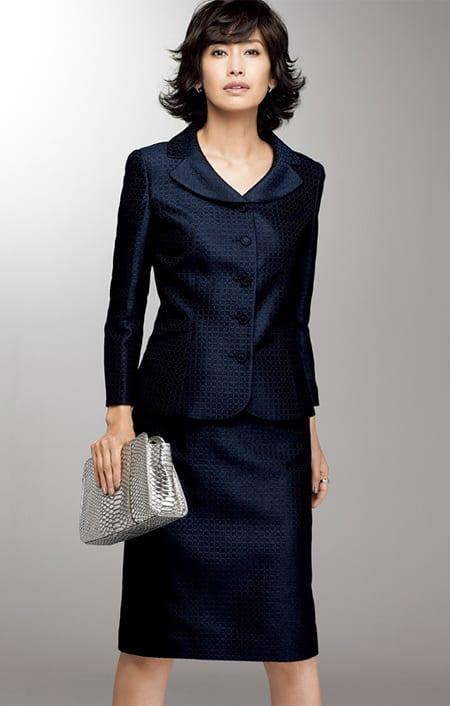 フェルラ社 シルクジャカード スーツセット(ジャケット+スカート)のコーディネート