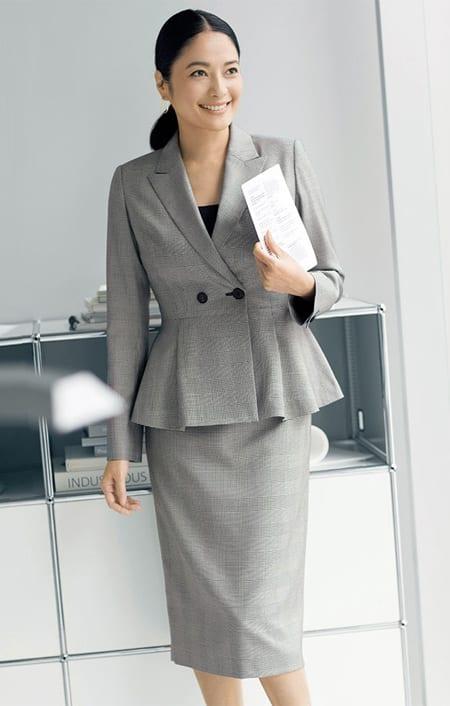 「NIKKE」 マフシルク グレンチェック スーツセット(ジャケット+スカート)のコーディネート