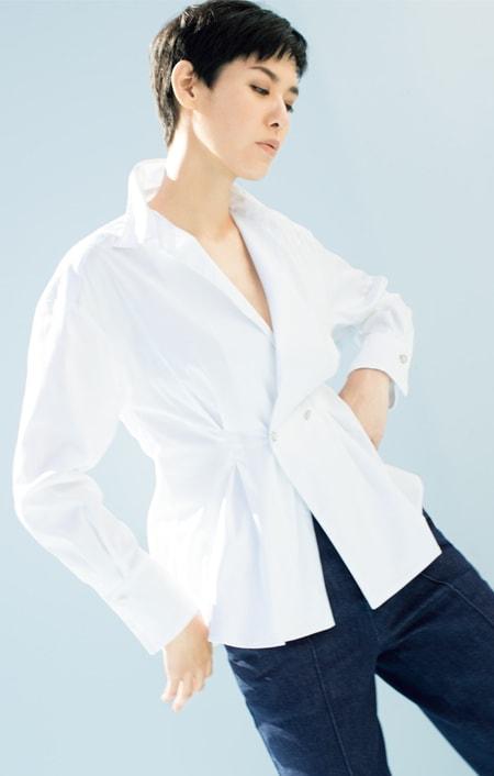 イタリア素材 コットン混 ストレッチ シャツのコーディネート