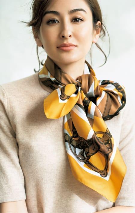 シルクツイル プリント スカーフのコーディネート