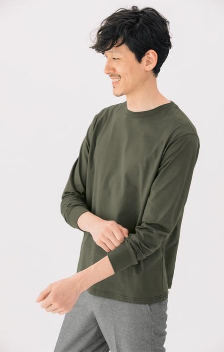 スッキリ袖リブドレスTシャツのコーディネート