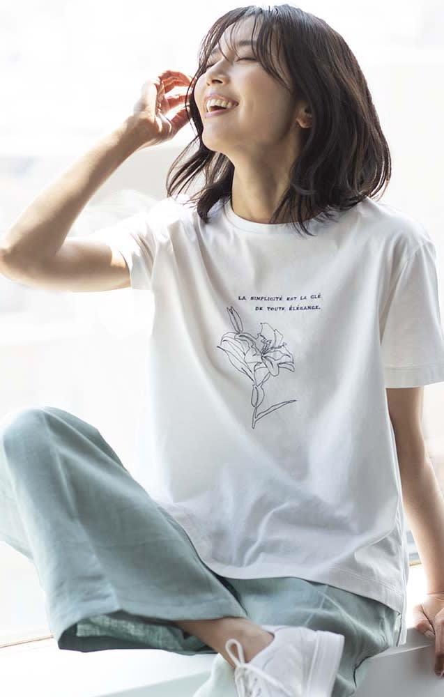 (予約) コットン天竺 モノトーン刺繍 Tシャツのコーディネート
